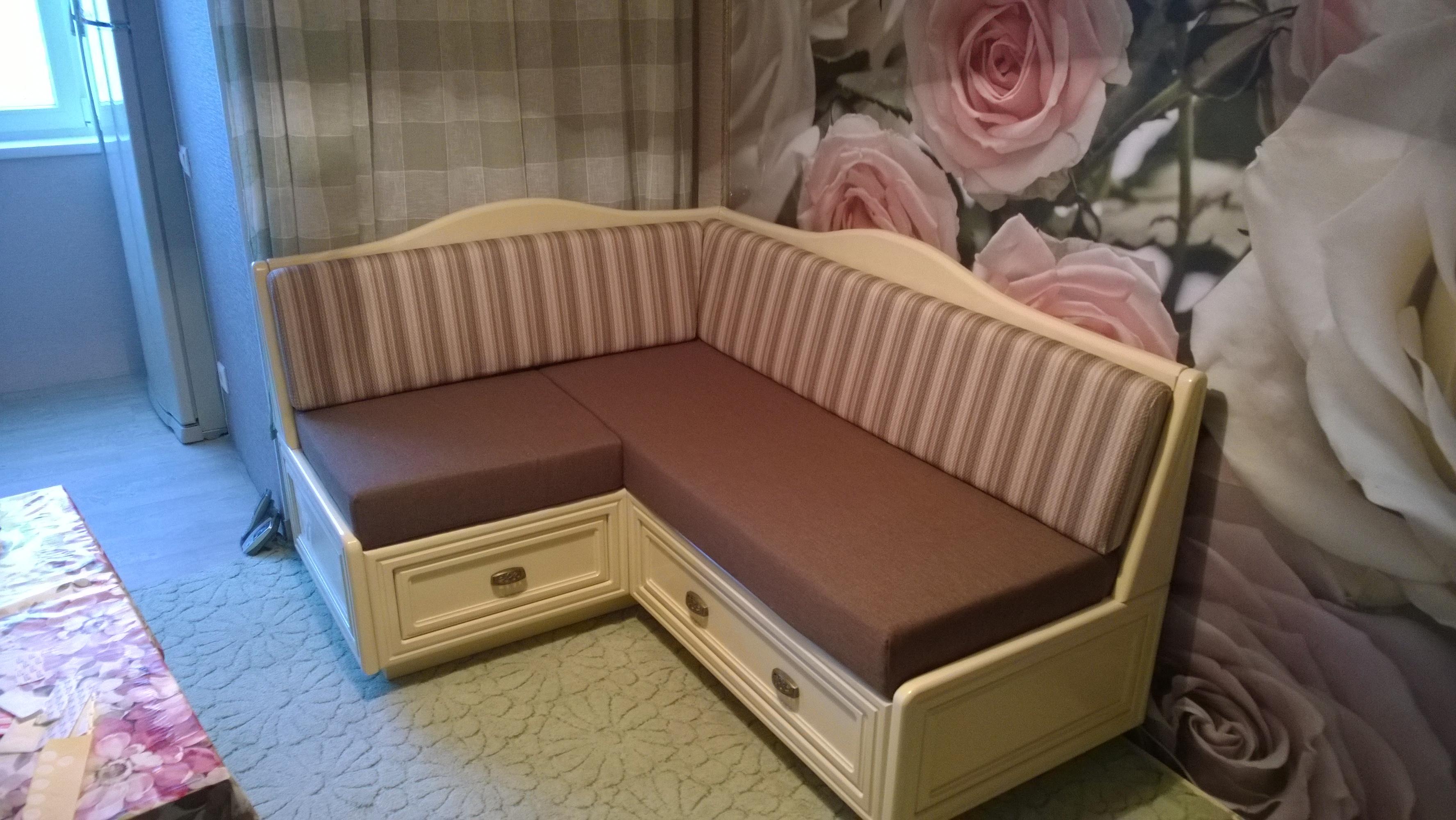 Каретная стяжка диван 3